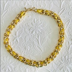 🔥NWOT Yellow leather and gold tone necklace
